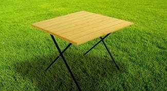Стол раскладной туристический - удачный вариант для приятного пикника