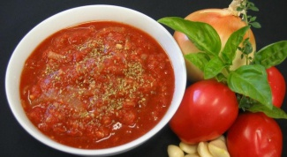Recipes sauces from tomatoes and garlic