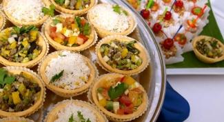 Какой салат подавать в тарталетках