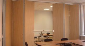 Зонирование пространства: раздвижные комнатные перегородки