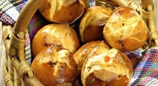 Как приготовить булочки с рикоттой и красным перцем