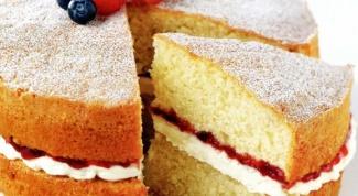 Как приготовить бисквитный торт с двойной начинкой