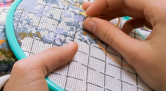 How easy it is to embroider cross-stitch big picture?