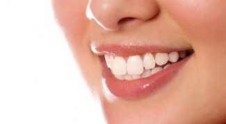 Масло чайного дерева для отбеливания зубов