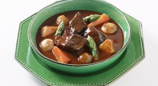 How to cook soup with beef broth