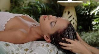 Как восстановить волосы после бассейна быстро