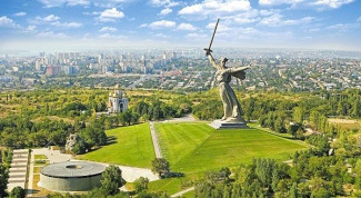 How to get from St. Petersburg to Volgograd