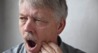 Where to go with a toothache in the night