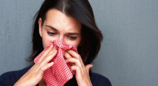 Как лечить насморк на раннем сроке беременности