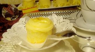 Испанское пирожное «Пиононос» с кремом