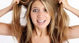 Women's haircut cascade – the volume of the thin hair