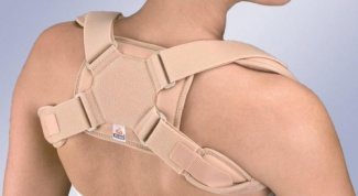 Fracture of the clavicle with displacement - serious, but not fatal