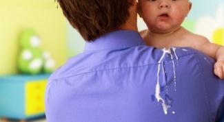 Почему ребенок сильно срыгивает