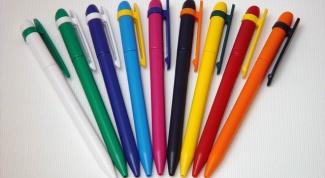 Когда в СССР появились шариковые ручки