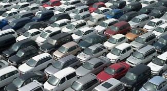 Как не ошибиться при покупке машины из Латвии