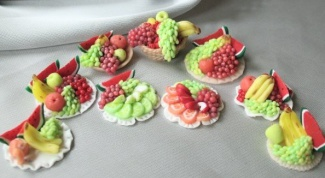 How to paint polymer clay