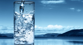 Why is it helpful to drink a lot of water