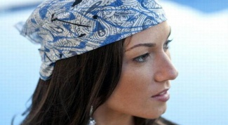 How to tie scarves on your head in summer