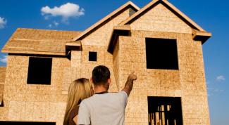 Что выгоднее: купить готовый дом или строить его с нуля