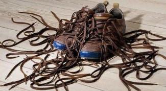 Как красиво завязать шнурки: оригинальные способы