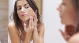 Причины возникновения шелушения кожи на лице