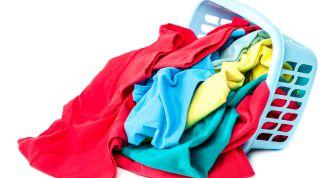 Как удалить запах на одежде и не повредить ткань