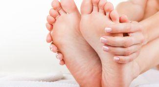 Народные средства лечения трещин на пятках