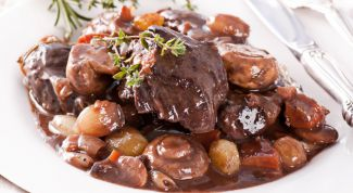 Мясо с французским привкусом: говядина по-бургундски