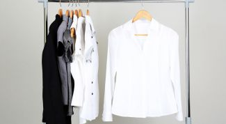 Белый цвет всегда в моде. Белоснежная рубашка - незаменимое приобретение