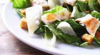 Вкуснейший салат из курицы с сыром