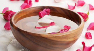 Как приготовить розовую воду для лица