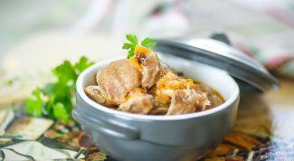 Как вкусно потушить куриные желудки