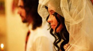 Чем отличается обряд венчания у католиков и православных