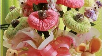 Как сделать букет из мягких игрушек и конфет