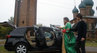 Как проходит освящение машины
