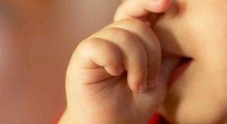 Как отучить ребенка сосать пальчик