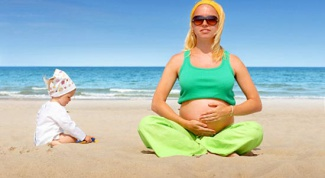 The rules of sunbathing pregnant