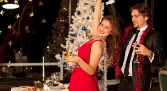 Новогодние наряды на 2016 год Красной Огненной Обезьяны
