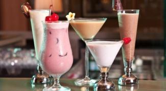 Как приготовить вкусный молочный коктейль из мороженого и фруктов