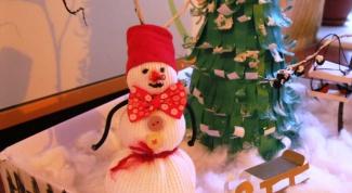 Снеговик своими руками: мастерим подарки на Новый год