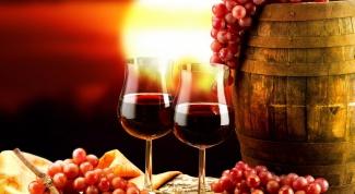 Как приготовить красное виноградное вино в домашних условиях