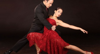 Аргентинское танго: как добиться контакта в паре