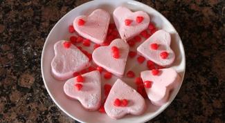 Домашний зефир в форме сердечек