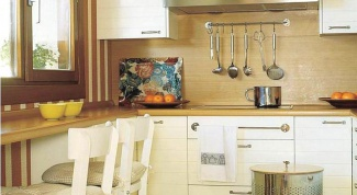 A few simple ideas on how to equip a small kitchen