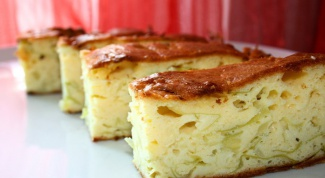 Jellied cabbage pie in multivarka