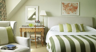 Как выбрать удачные обои для спальни