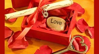 Что подарить девушке на 14 февраля, чтобы порадовать ее
