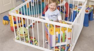 Детский манеж: плюсы и минусы
