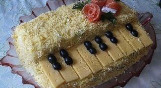 """Красивый салат """"Белый рояль"""""""