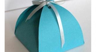 Простая и милая коробочка для подарка